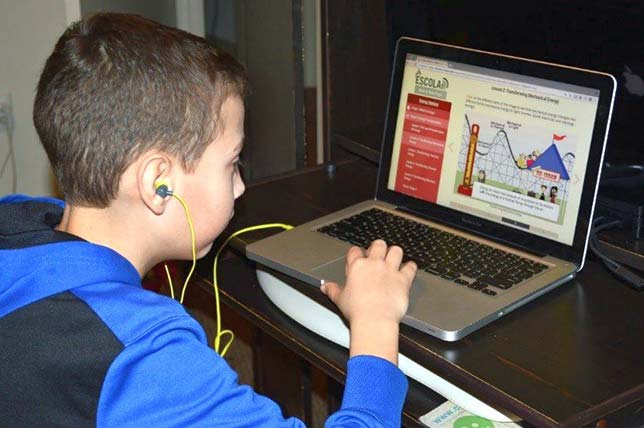 Web-Based, Interactive Learning Helps Middle Schoolers Excel in Science
